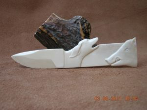 Le Ferme - sculpture sur os animalière / Bone Carving