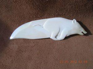 A une autre fois - sculpture sur os animalière / Bone Carving