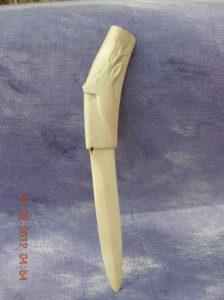 Fier le Brocard ! - sculpture en ivoire / Bone Carving