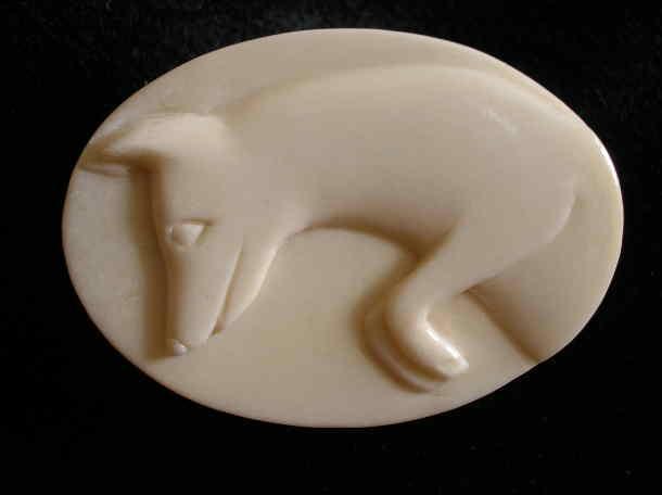 Le renard mulotte - Broches en os